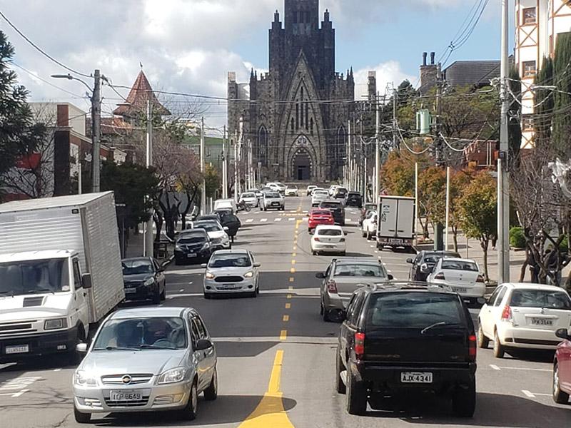 Rua principal de Canela