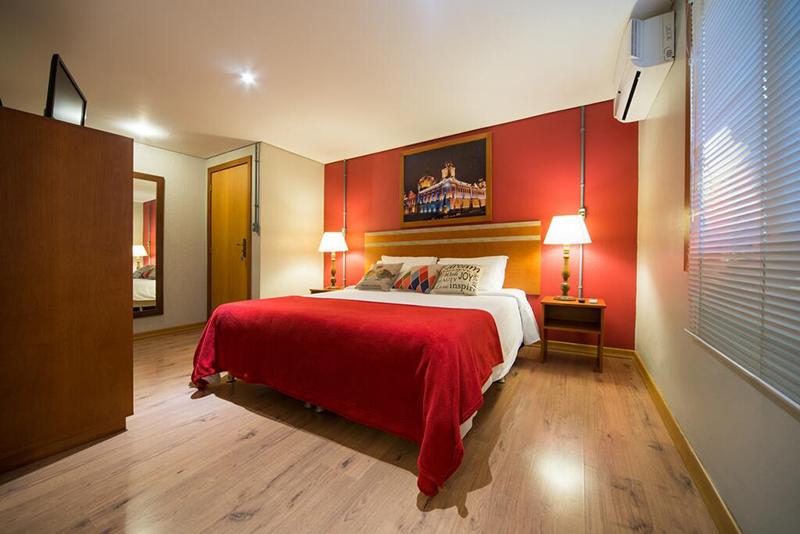 Dormitório do Britanico Suítes em Gramado
