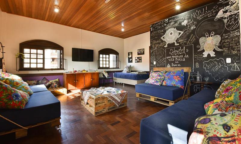 Lounge do Hostel Chocolatchê em Gramado